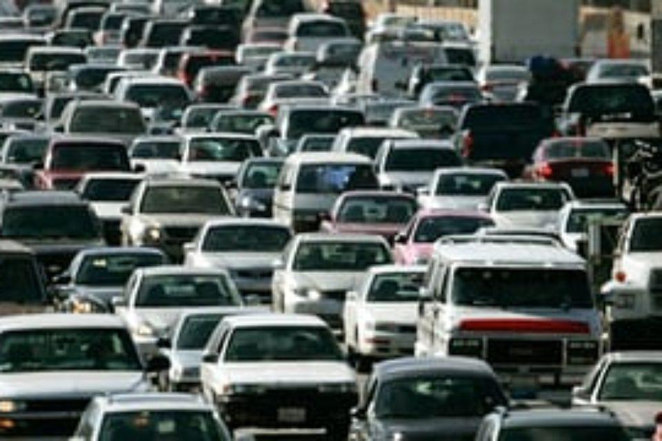 Автомобилите в България са се увеличили с близо 130 хиляди за полугодието