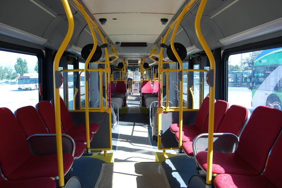 """Варна представи в """"пилотен"""" вариант неработещата си билетна система за градския транспорт"""