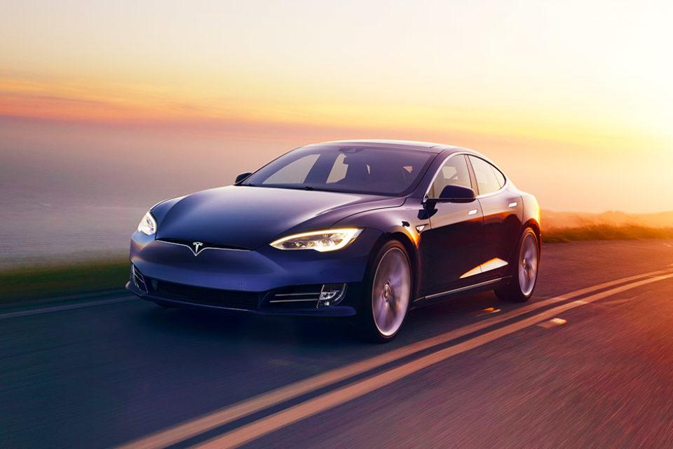 Модел 3 на Тесла излиза на пазара в Европа през февруари
