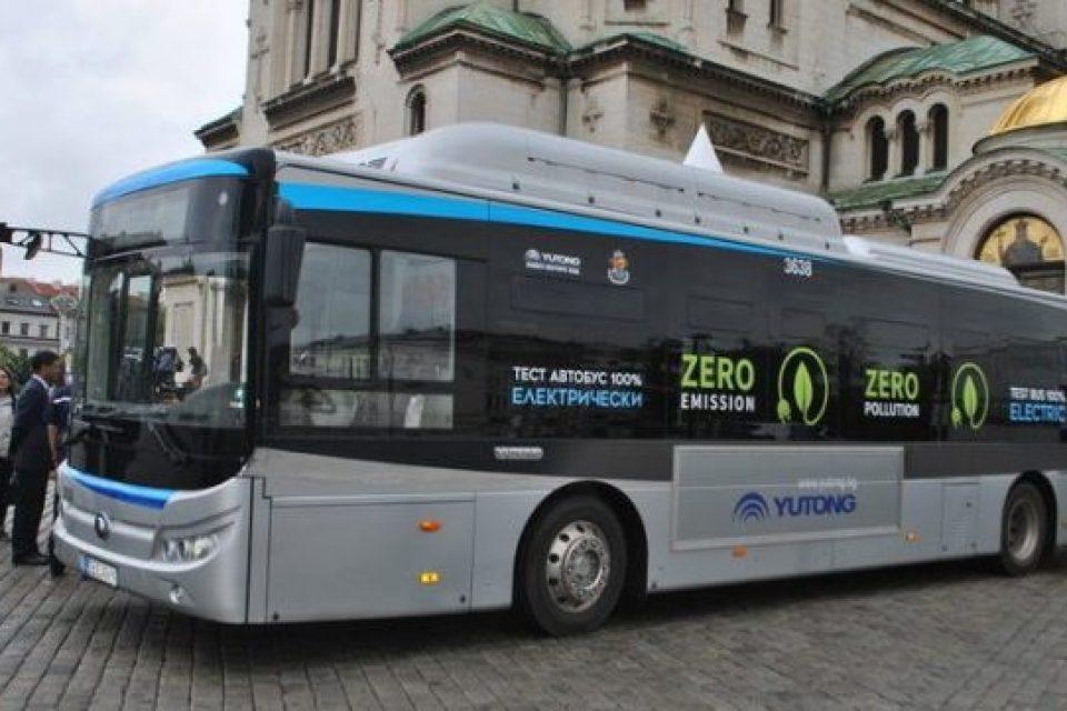 Електробуси на повикване ще има в София